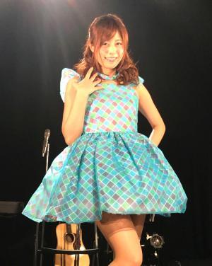 引退ライブを行ったセクシー女優の瑠川リナ