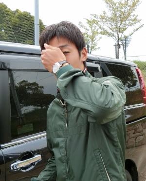 ものもらいで腫れた右目を隠すC大阪MF清武(撮影・中島万季)